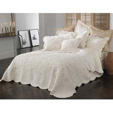 Chardae Bedspread Set