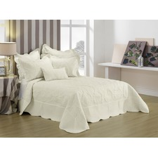Illiana Bedspread Cream Set