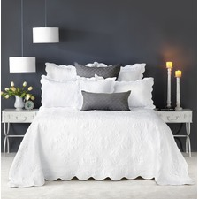 Embroidered Shayla Bedspread Set