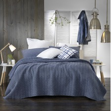 Clyde Coverlet Set