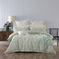Green Aria Quilt Cover Set