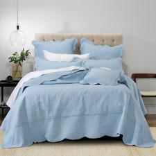 Provincial Blue Hampton Bedspread Set