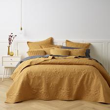 Gold Gatwick Bedspread Set