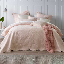 Pink Lucinda Bedspread Set