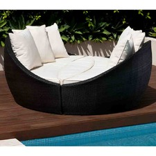 Encore Outdoor Round Wicker Daybed