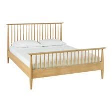 Olsen Queen Oak High Spindle Bed