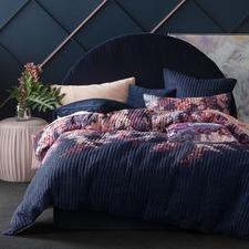 Hanei Blossom Quilt Cover Set