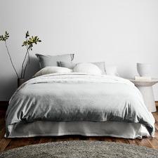 Limestone Chambray Fringe Linen-Blend Quilt Cover