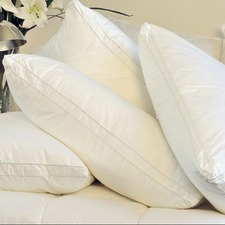 White Gusseted Medium - Firm 900 GSM Pillow