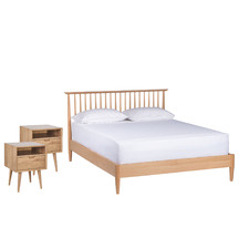 Oak Olsen Spindle Square Bedroom Set