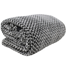 Chevron Daylesford Throw