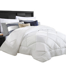 Giselle Bedding 800GSM Bamboo-Blend Quilt