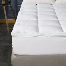 120GSM Hotel Style Bamboo-Blend Mattress Topper with Gusset Support