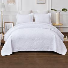 White Vivid Cotton Coverlet Set