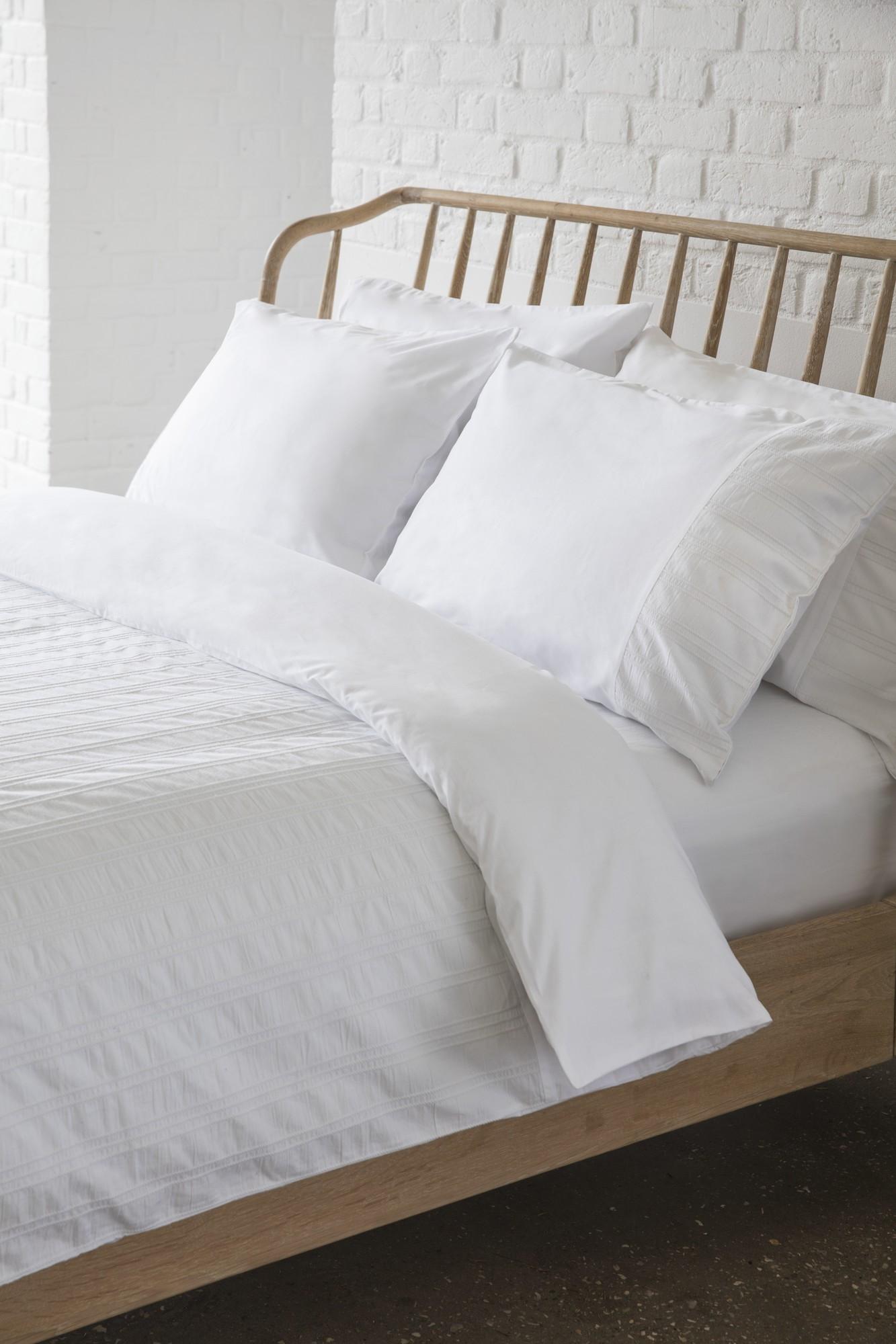 white brandalley duvet seersucker double cover set deyongs