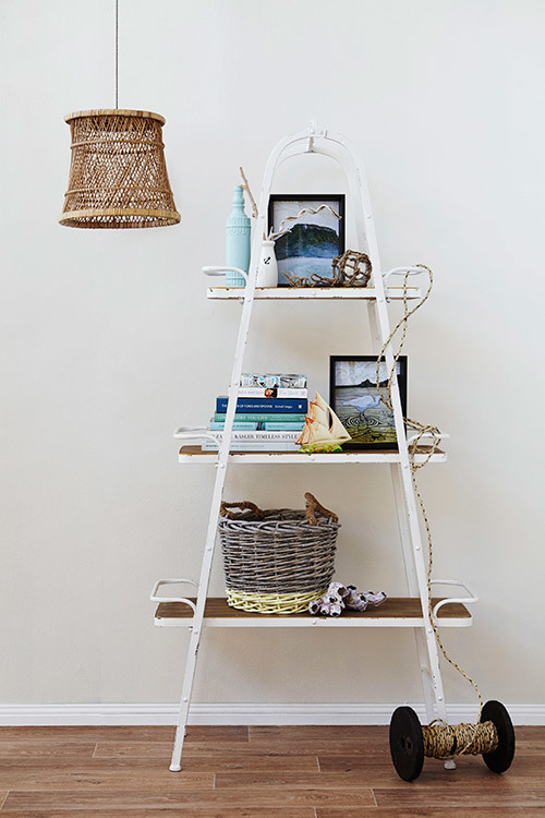 Shelf styling by @templeandwebster
