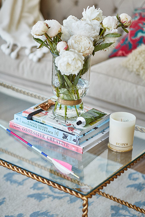 Style your way to a glam coffee table - Temple & Webster Journal