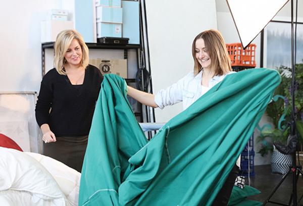 Jess demonstrates her quick quilt-cover change method. Photo – Denise Braki.