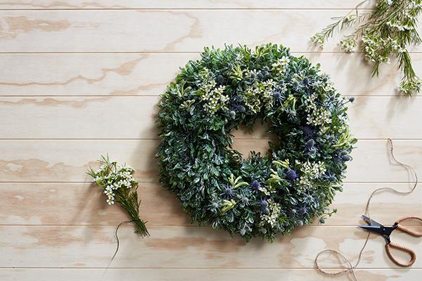PrettyWreathBlog_0000_20171120_TW_WreathHowTo_1
