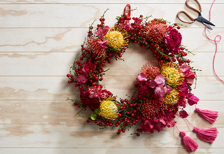 How to make easy floral Christmas wreaths: Part 2