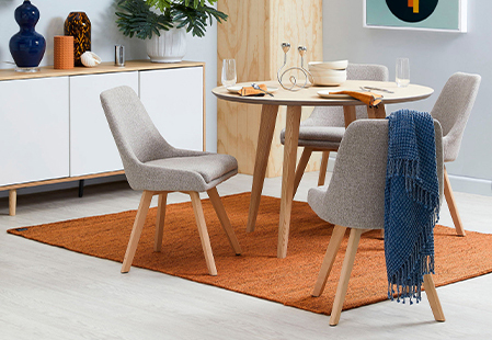 How to choose a rug for your dining space