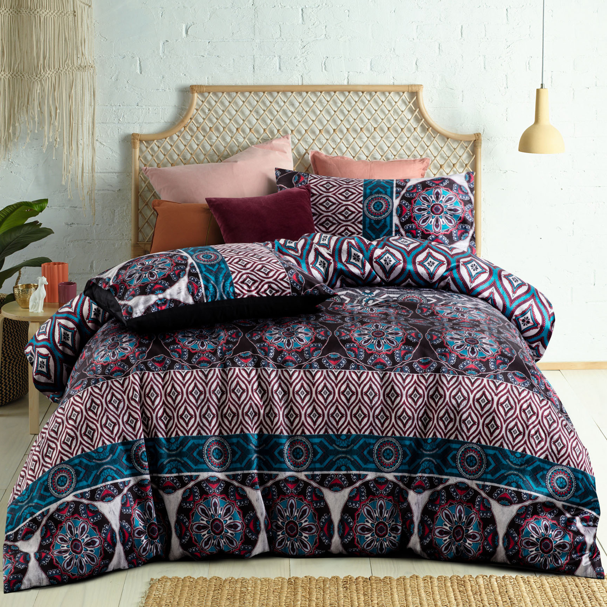 NEW-Dobbie-Digital-Printed-Quilt-Cover-Set-Accessorize-Quilt-Covers