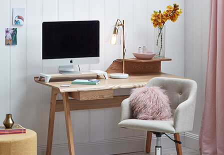 Meet 'Woody' your ultimate desk organiser