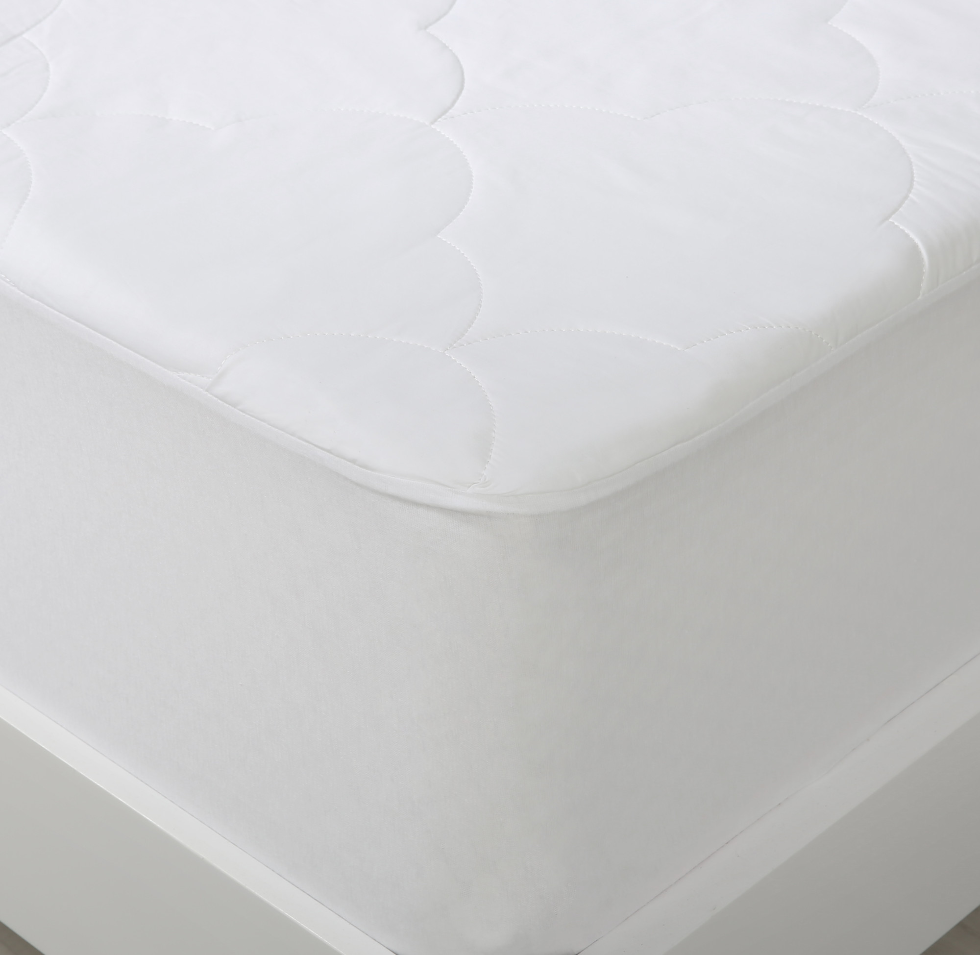 NEW-Cotton-Filled-Mattress-Protector